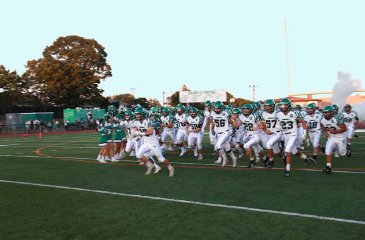The Dalers Put on Show at Homecoming, Defeat Uniondale in Front of Packed Crowd