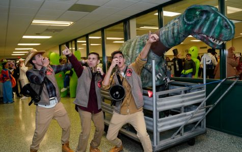Seniors Turn Woodward Into Jurassic Parkway