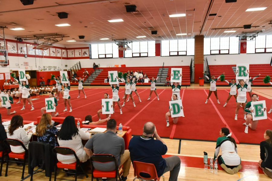 Dalers Cheer Makes History